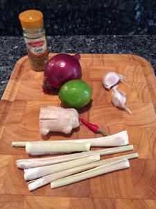 curry-porc-coco-citronnelle-scotto-01